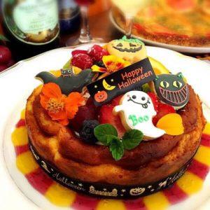 ハロウィンのアイシングクッキーでケーキのデコレーションギフト