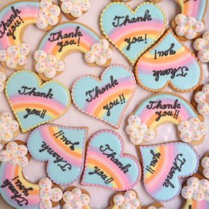 虹のサンキューギフトのアイシングクッキー